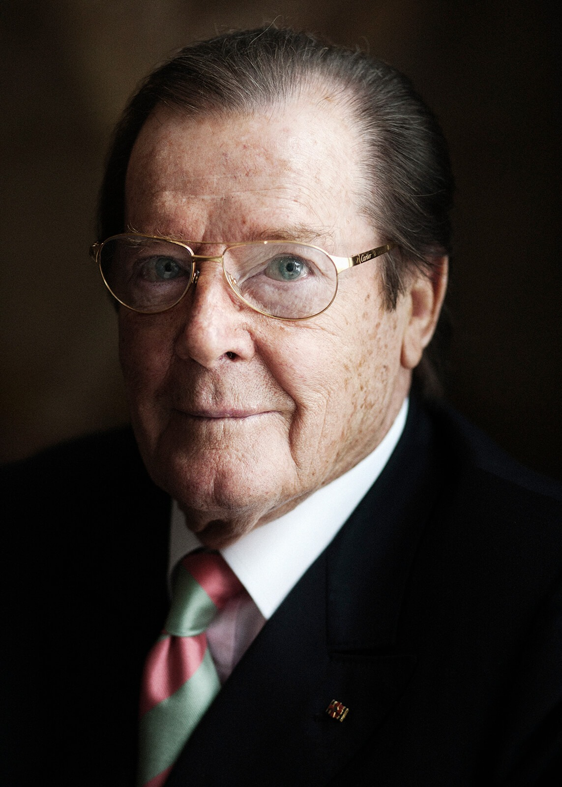 21 Roger Moore –
