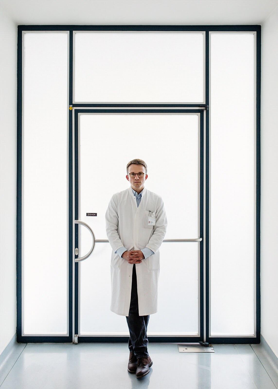 Medizin Portrait 01 Leonhard Schilbach